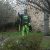 Pintan con el símbolo de Batman una estatua de Manuel Fraga en la localidad de Cambados