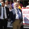 La España que ora y embiste aún tendrá luengo parto de varones