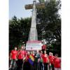 Más de un centenar de personas se concentra ante la cruz de O Castro en Vigo para exigir su retirada