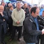 CORUÑA Ruben Afonso fala, mentras o alcalde da Coruña Javier Losada, escoita