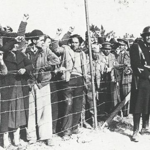 Exiliats-Historia-Grafica-Catalunya-Autonoma_EDIIMA20140110_0530_15