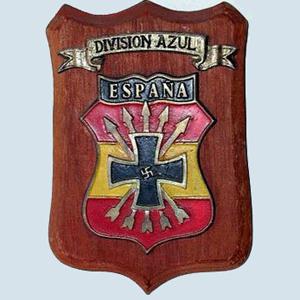 Metopa_con_escudo_de_la_Division_Azul_